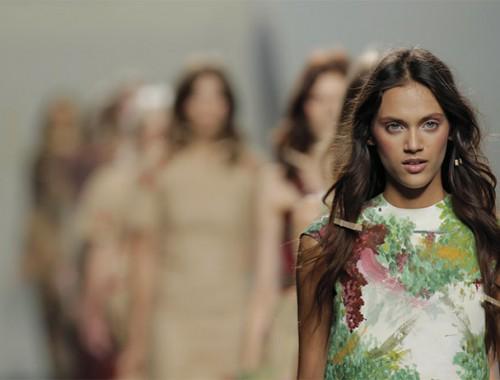 Mercedes-Benz-Fashion-Week-Madrid-LukeLeandroCano-weddingpassion-04