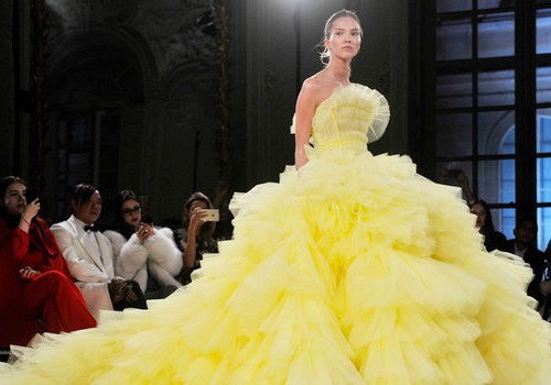 012317-giambattista-valli-gowns-lead