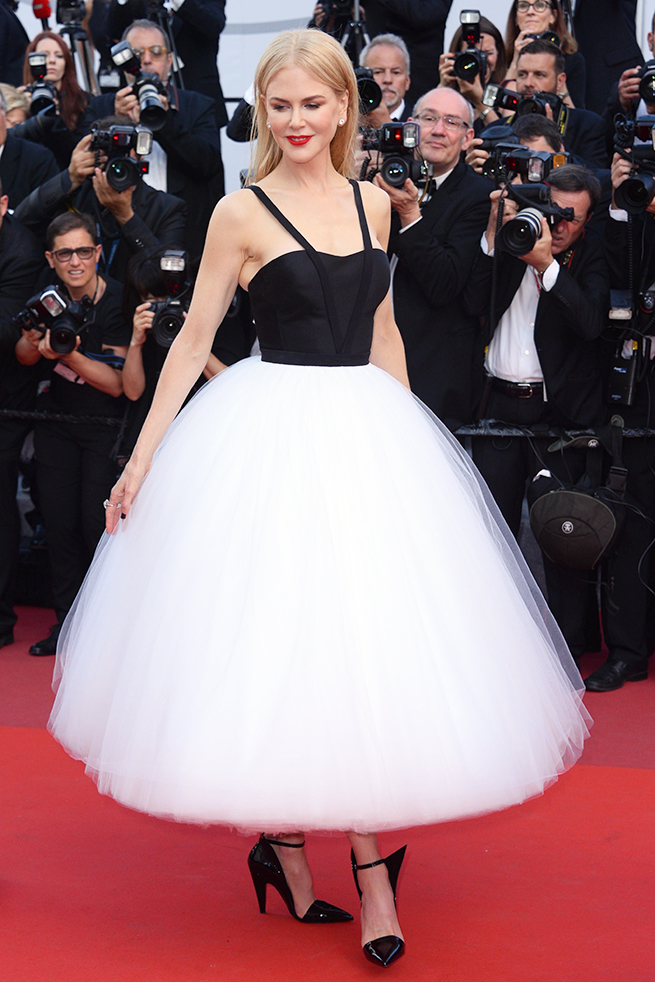 "Actress Nicole Kidman at the screening of the film The Killing Of A Sacred Deer at the 70th international film festival, Cannes, southern France, Monday, May 22, 2017. en la foto : vestida por la firma "" Calvin Klein """
